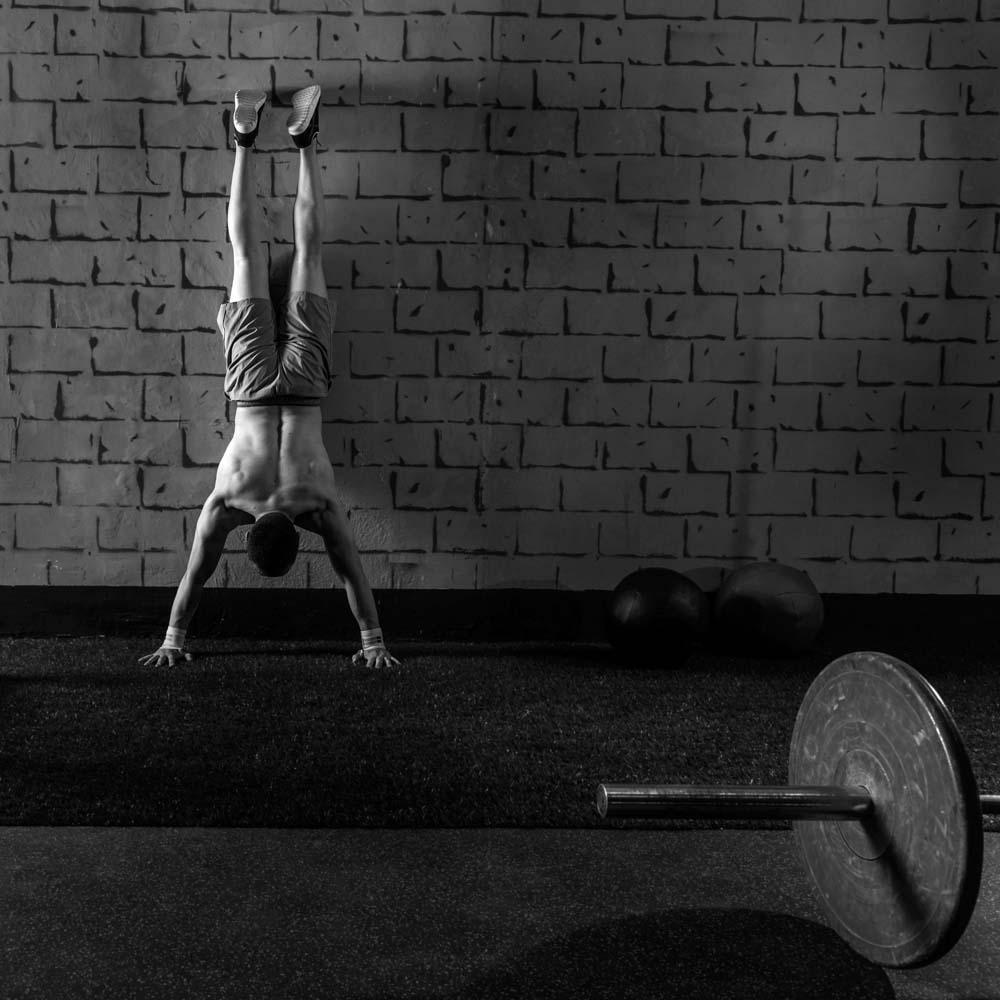 bodyweight_shoulder_exercises.jpg